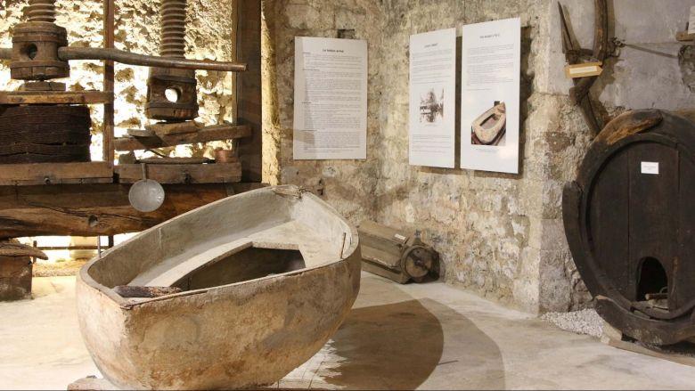 Les thématiques du musée sont très diversifiées, alliant archéologie, art sacré, beaux-arts, arts, traditions populaires et histoire naturelle. / © Musée des Comptes de Provence