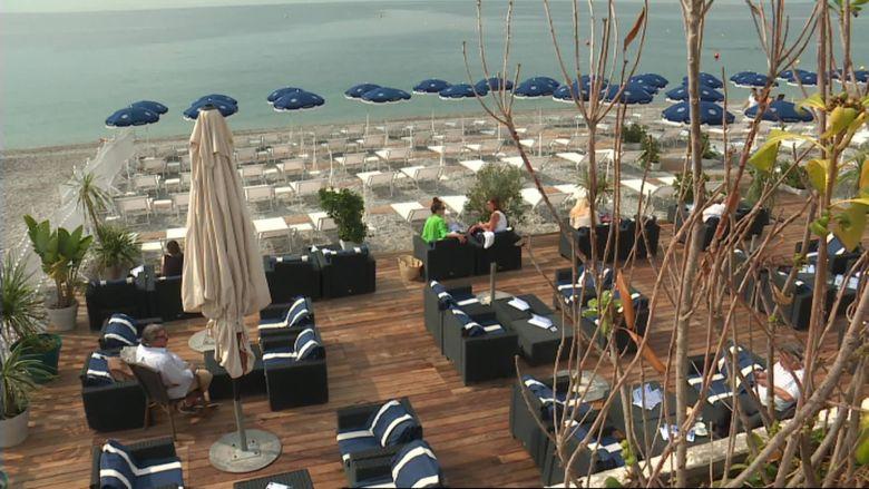 La plage privée le Blue Beach à Nice a retrouvé ses habitués ce mardi 2 juin / © Daniel Gerner / FTV