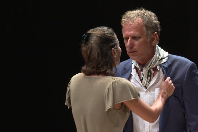 Charles Berling et Lola Créton dans Les Parents terribles de Jean-Cocteau au TNN. / © Frédéric Tisseaux FTV