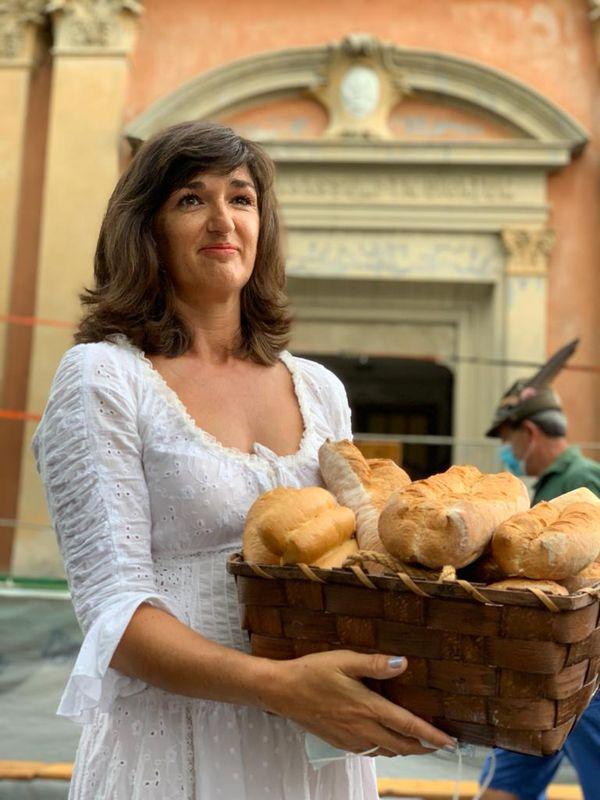 La réalisatrice du film, Géraldine Giraud, lors de la fête des descendants à Niella