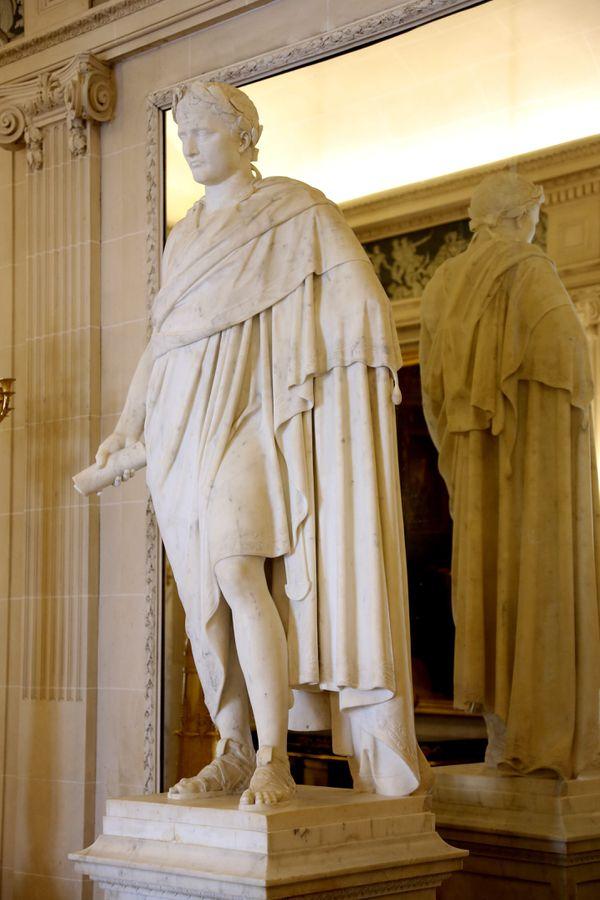Statue de Napoléon au musée Masséna à Nice.