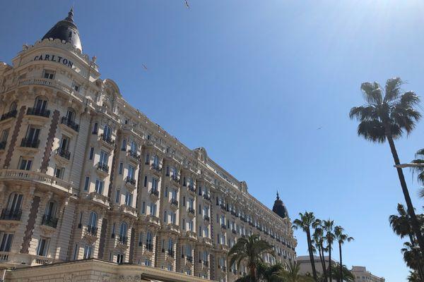 L'hôtel Carlton restera fermé contrairement aux autres hôtels de luxe de la Côte d'Azur.