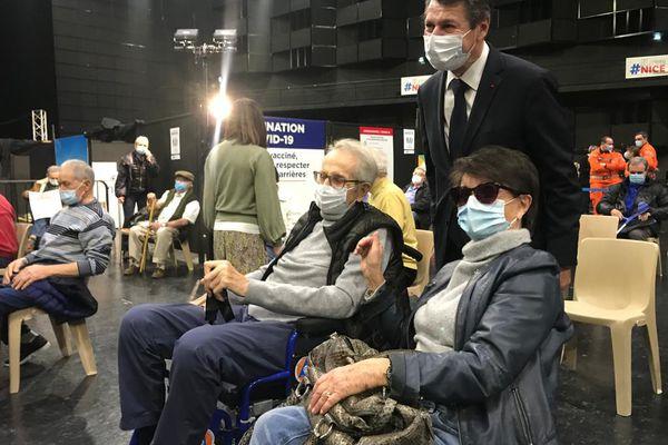 Le maire de Nice, le 25 février dernier en visite dans le centre de vaccination du Palais Nikaïa.