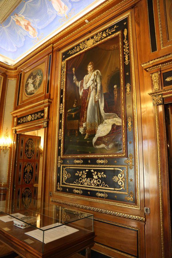 Tableau de Napoléon 1er en costume du Sacre par le baron François Gérard (reproduction).