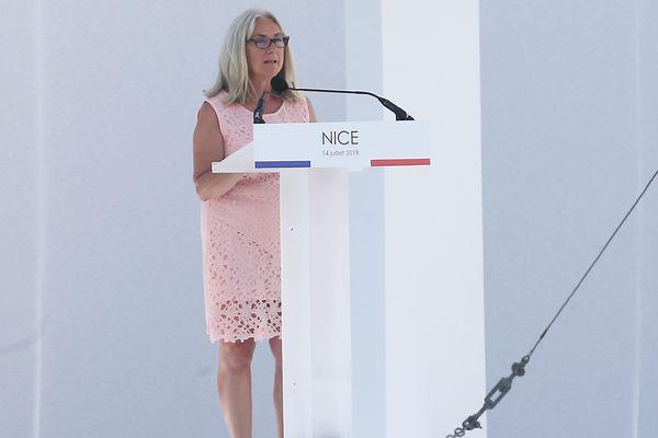 14 juillet 2018, Anne Murris prend la parole pour la cérémonie d'hommage aux victimes de l'attentat de Nice.