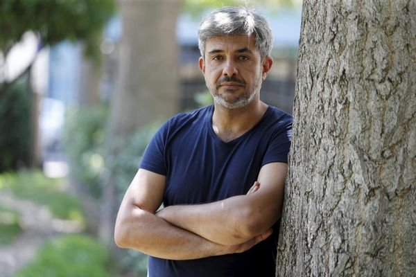 """""""Evidemment que ça nous remet la tête dedans, le fait qu'à Paris il y ait des audiences, des victimes, des avocats"""", explique Thierry Vimal, père d'une victime."""